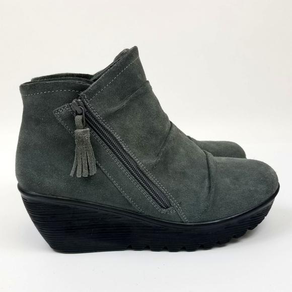 Skechers Suede Memory Foam Wedge Boots